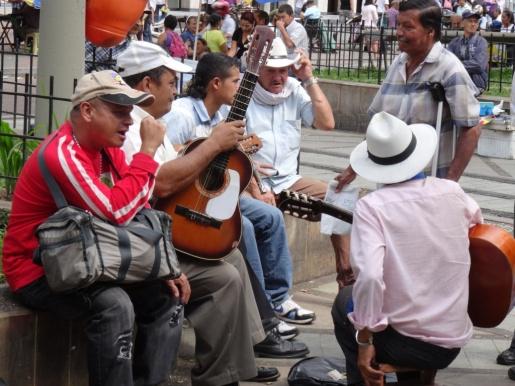 Street musicians - Medellin