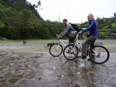 Biking tour - Hirviendo hot spring