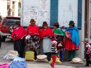 Women - Cuenca